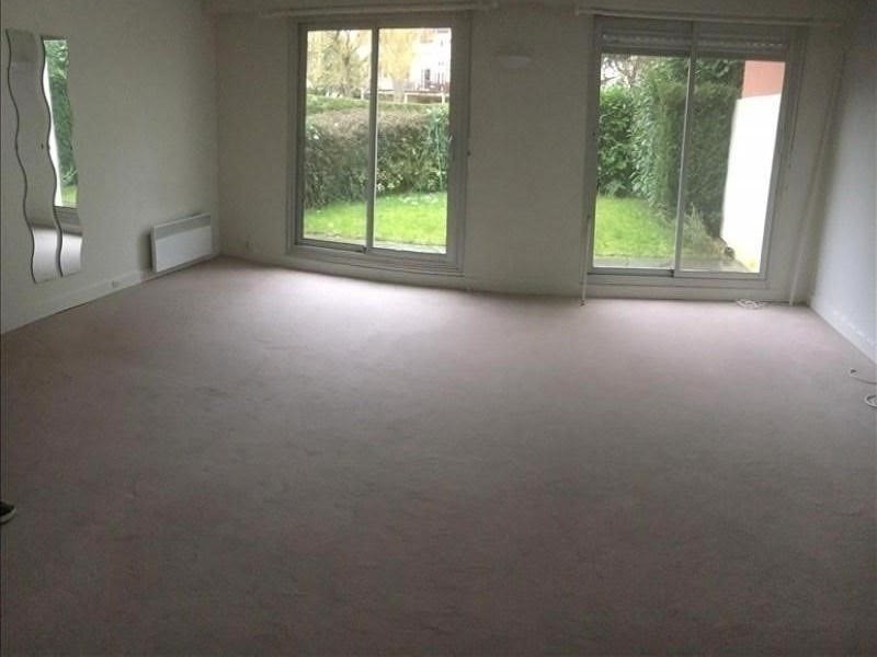 Location appartement Garches 780€ CC - Photo 1