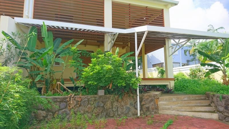 Sale house / villa Saint paul 369000€ - Picture 1