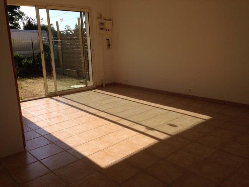 Location maison / villa Lavoux 550€ +CH - Photo 2