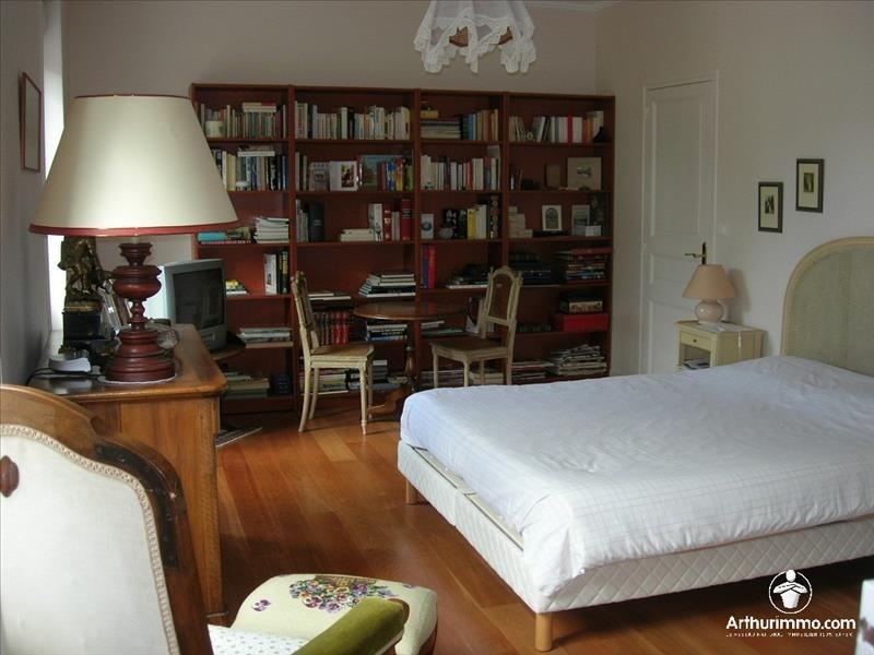 Sale house / villa Pont st martin 500000€ - Picture 2
