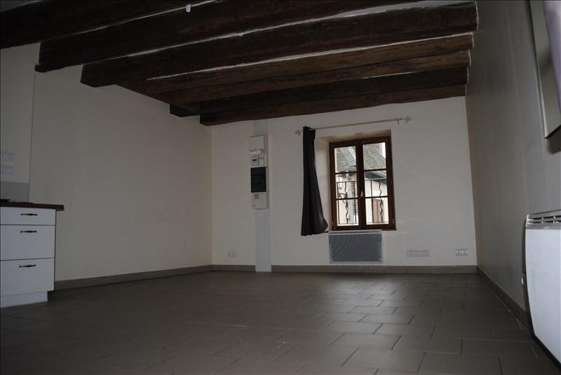 Location appartement Bleneau 325€ +CH - Photo 1