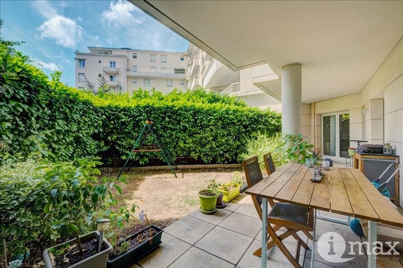 Vente appartement Courbevoie 699000€ - Photo 2