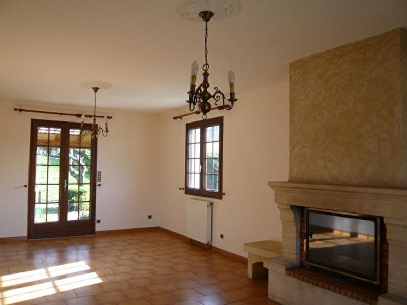 Rental house / villa Chateau l eveque 735€ CC - Picture 6