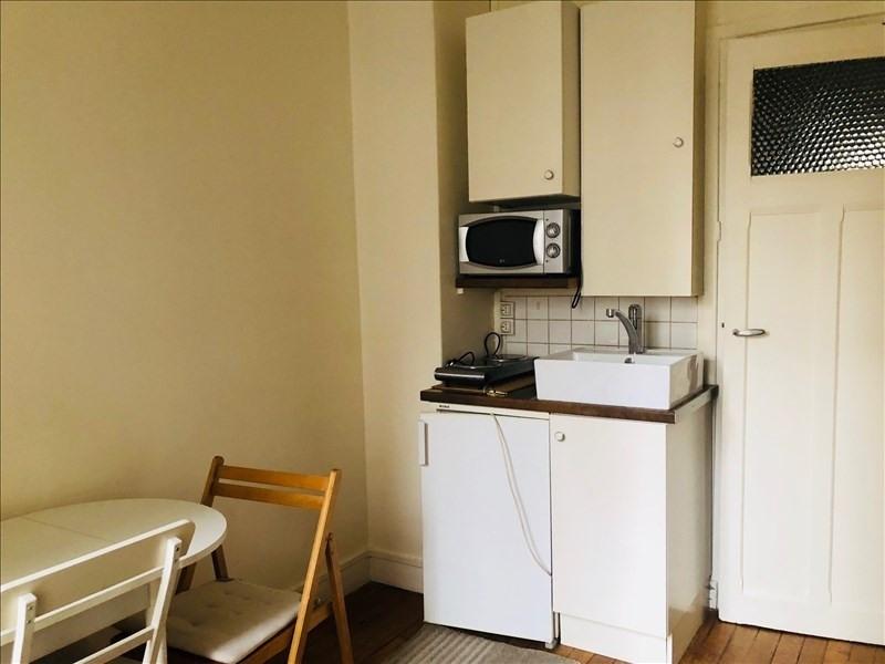 Locação apartamento Paris 15ème 600€ CC - Fotografia 3