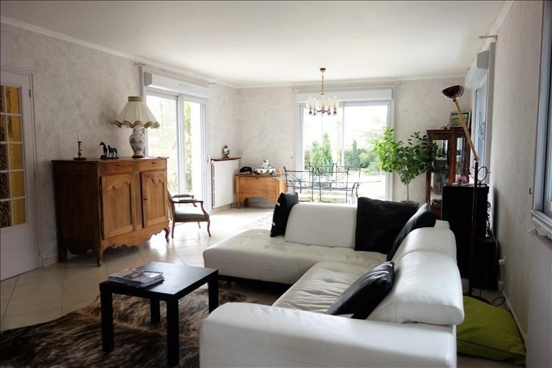 Sale house / villa Montfort l amaury 490000€ - Picture 3