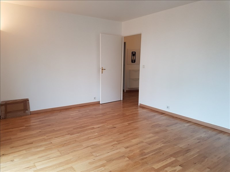 Sale apartment Colombes 299 000€ - Picture 2