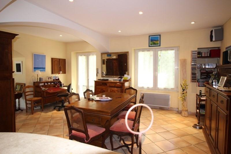 Vente de prestige maison / villa Lagnes 650000€ - Photo 5