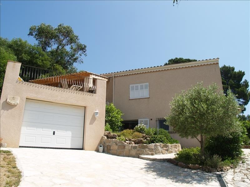 Deluxe sale house / villa Les issambres 750000€ - Picture 2