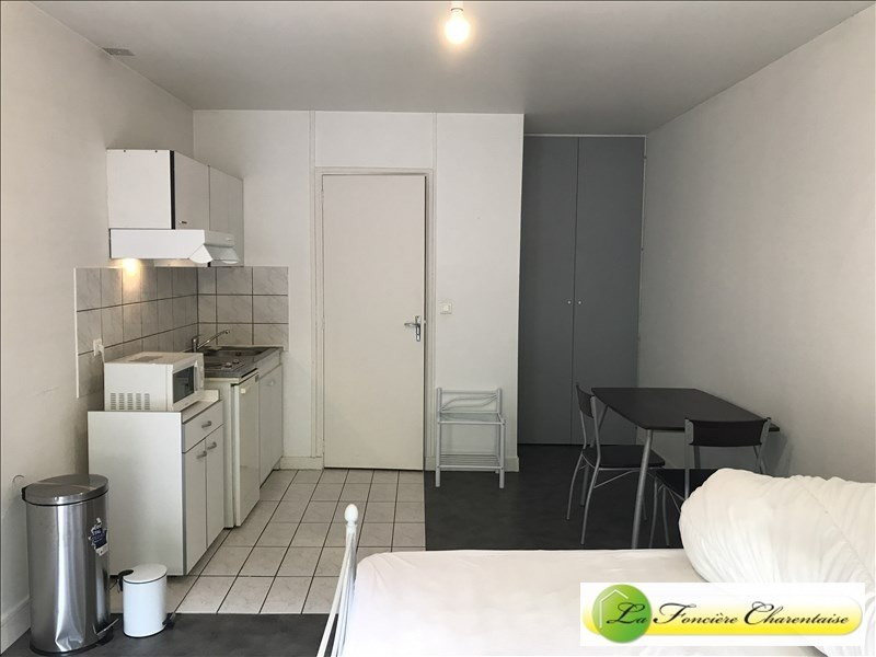 Rental apartment Angouleme 360€ CC - Picture 3
