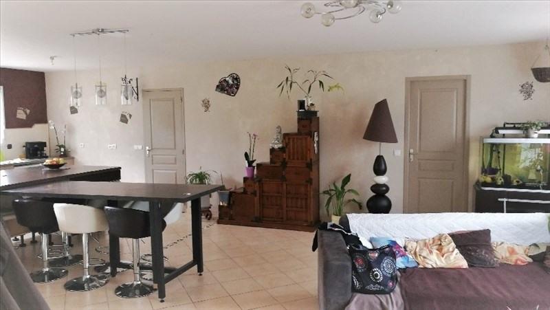 Sale house / villa St etienne du bois 165584€ - Picture 3