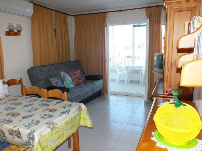Location vacances appartement Roses santa-margarita 448€ - Photo 6