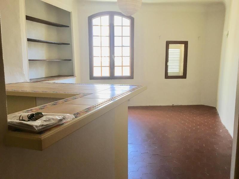 Rental apartment Aix en provence 590€ CC - Picture 1