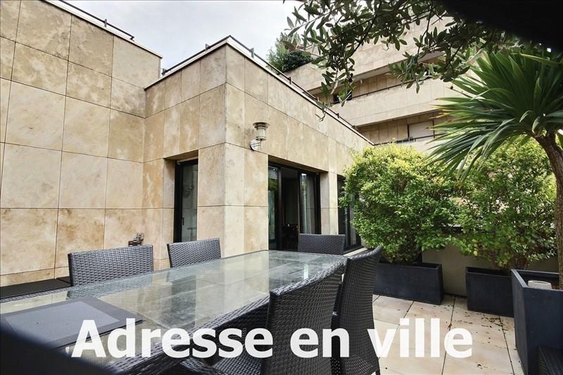 Deluxe sale apartment Levallois perret 1350000€ - Picture 2