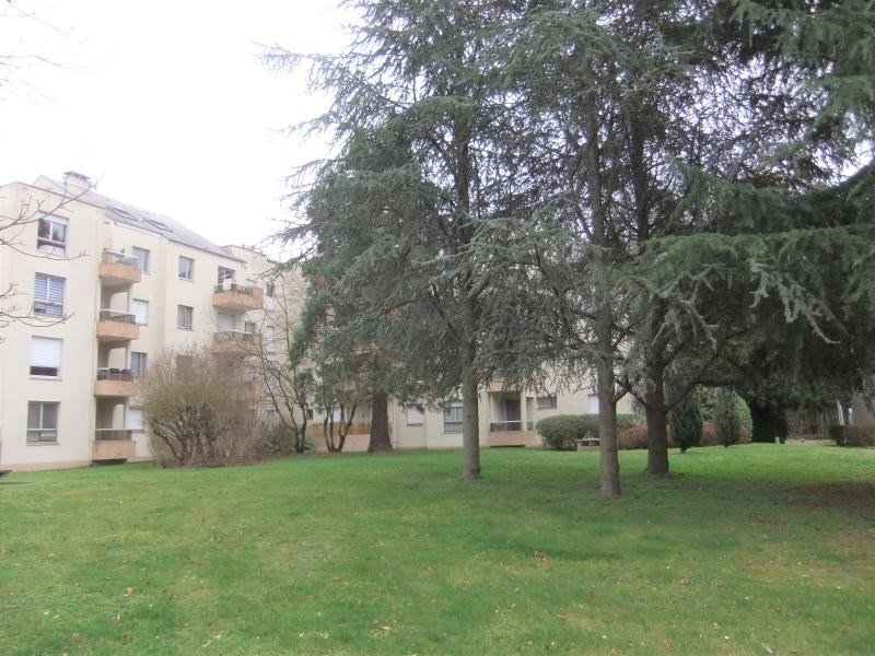 Sale apartment St jean de braye 59 950€ - Picture 1