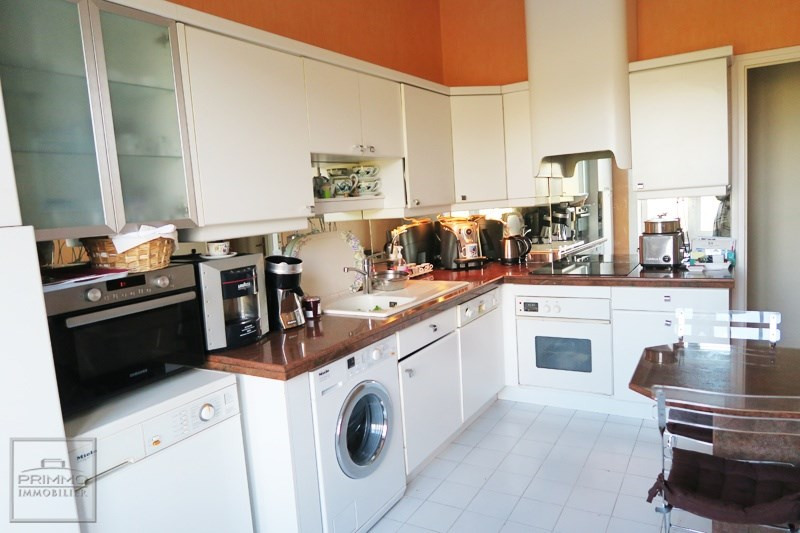 Sale apartment Caluire et cuire 590000€ - Picture 2