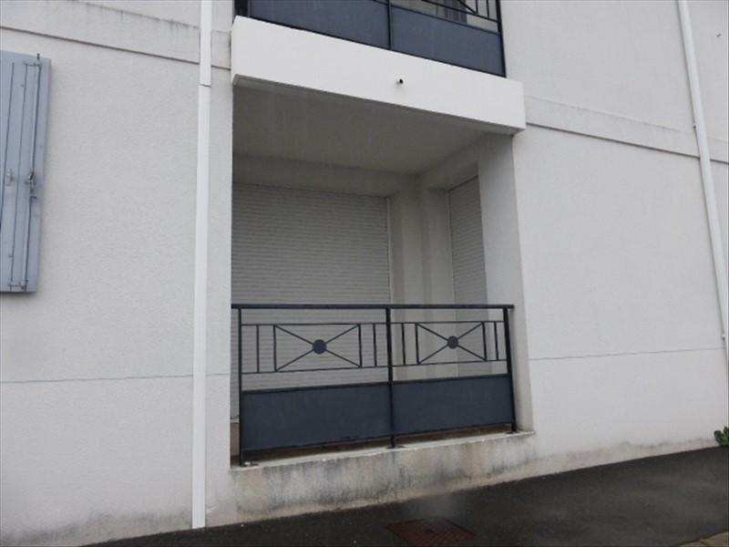 Location appartement Rochefort 410€ CC - Photo 1