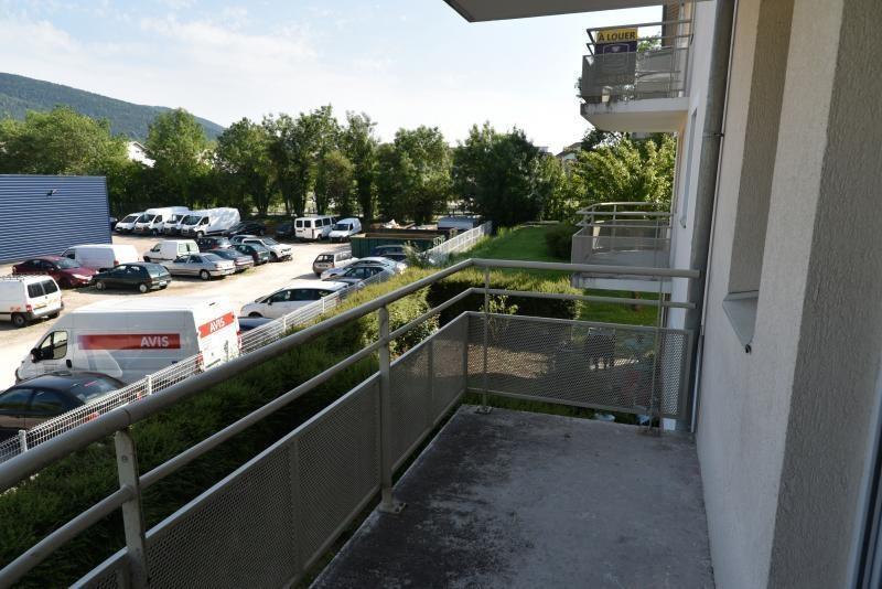 Location appartement Bellignat 363€ CC - Photo 7