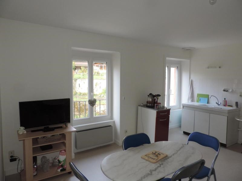 Location appartement Tarare 385€ CC - Photo 1