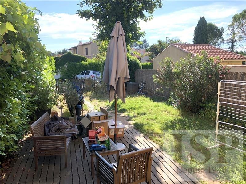 Location maison / villa Les milles 1040€ CC - Photo 4
