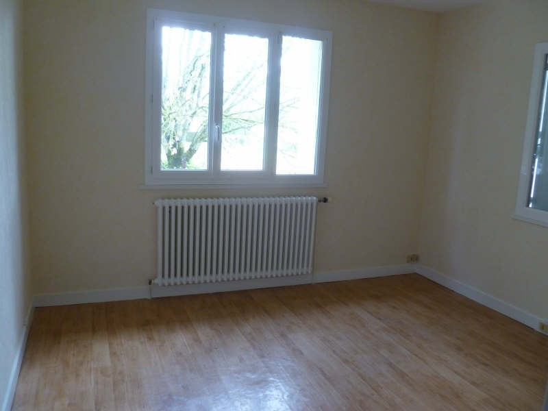 Location maison / villa Fontaine le comte 725€cc -  8