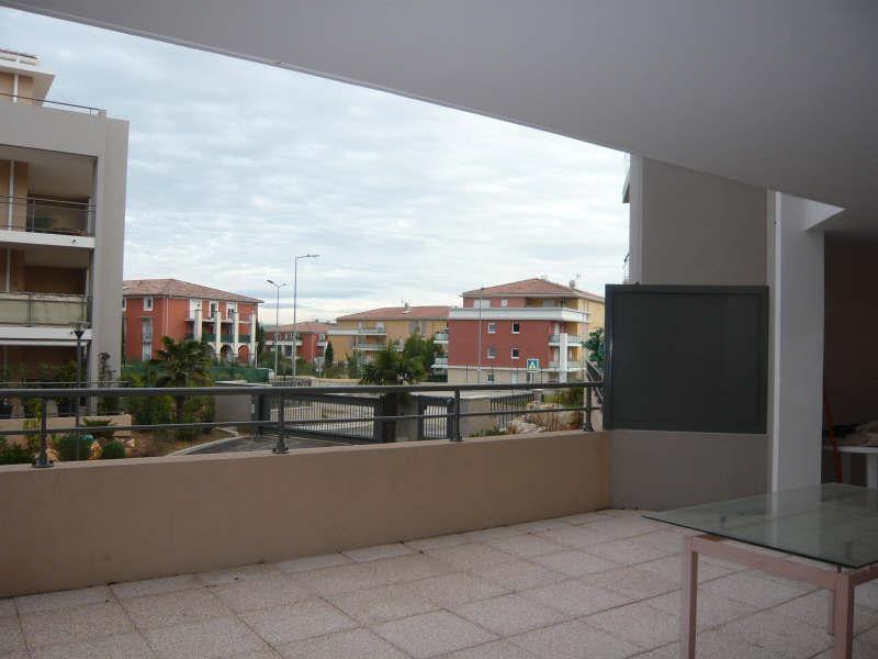 Rental apartment Aix en provence 829€ CC - Picture 2
