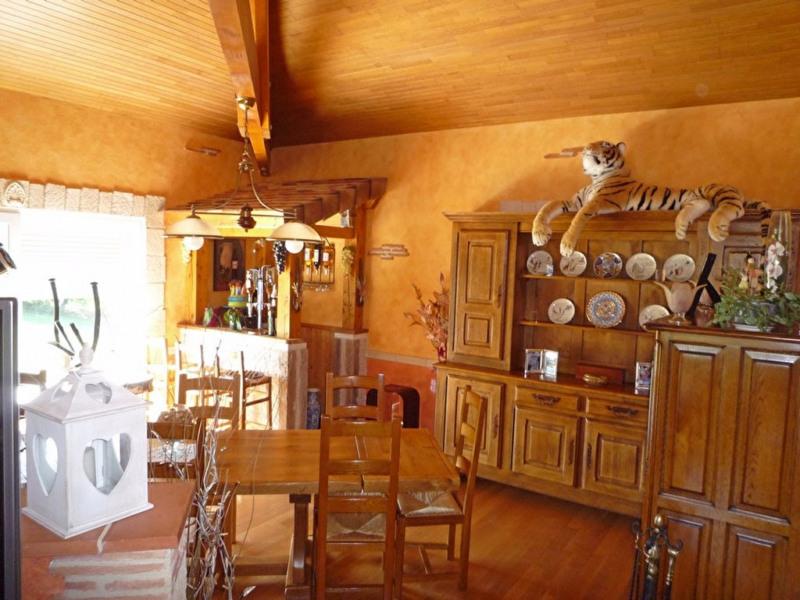 Sale house / villa La croix blanche 354000€ - Picture 9