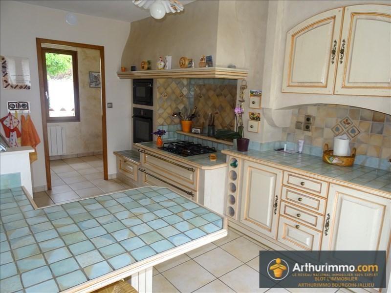 Sale house / villa Bourgoin jallieu 258000€ - Picture 3