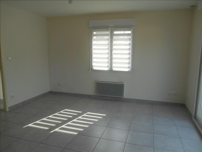 Location appartement Saint julien les villas 450€ CC - Photo 2
