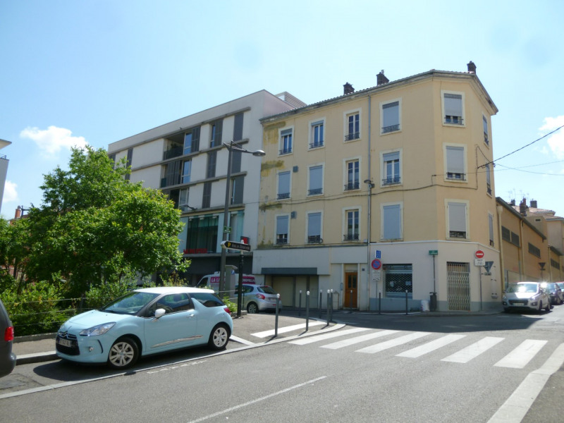 Rental apartment Oullins 518€ CC - Picture 1