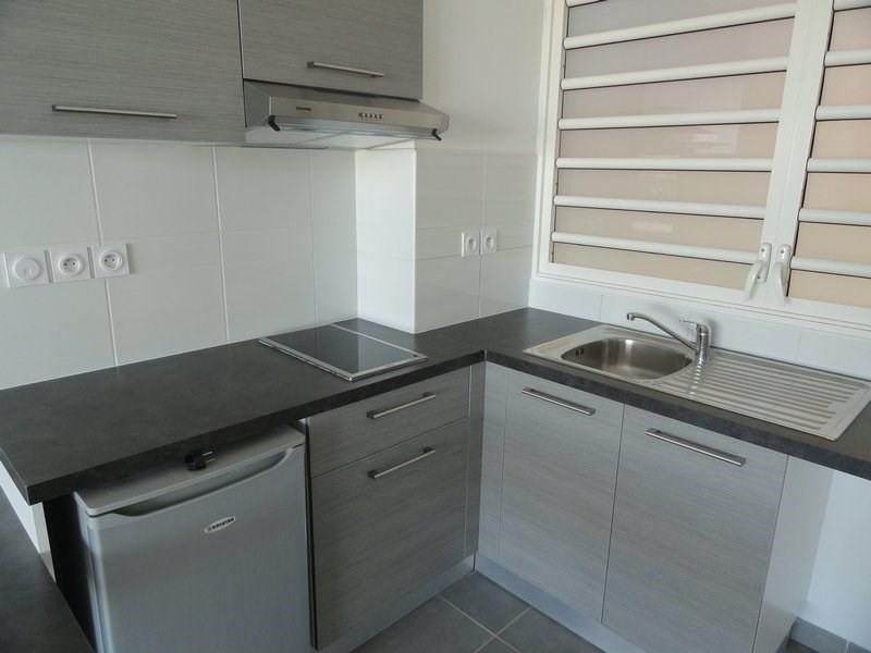 Location appartement St denis 598€ CC - Photo 4