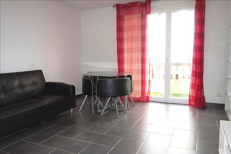Location appartement La londe les maures 599€ CC - Photo 1