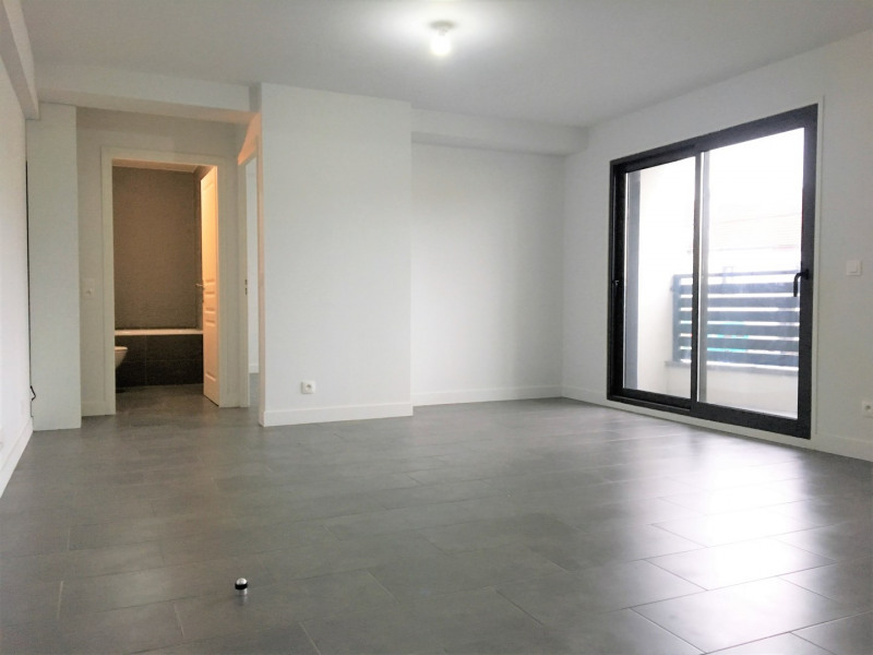 Rental apartment Pierrelaye 830€ CC - Picture 6