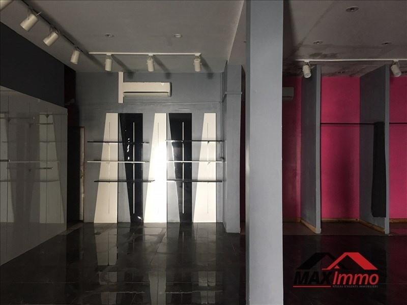 Location local commercial St louis 850€ HT/HC - Photo 2