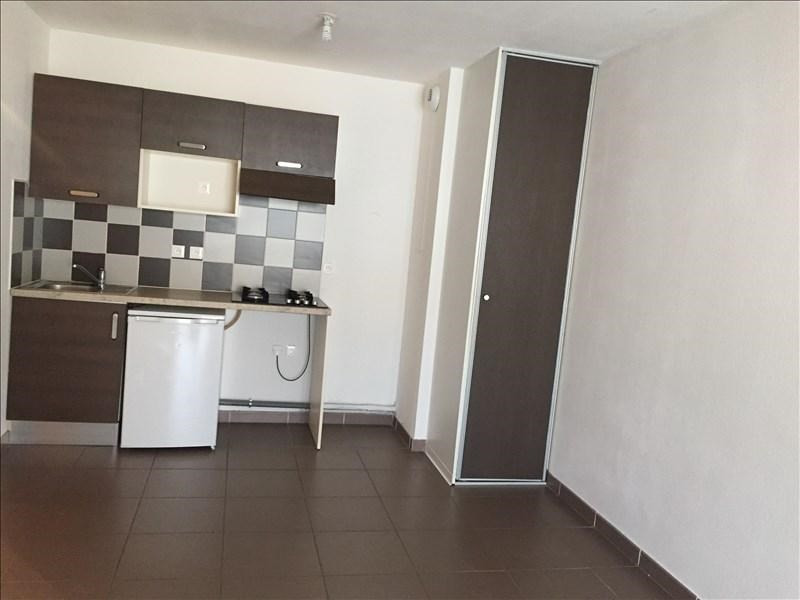 Rental apartment Sete 727€ CC - Picture 2