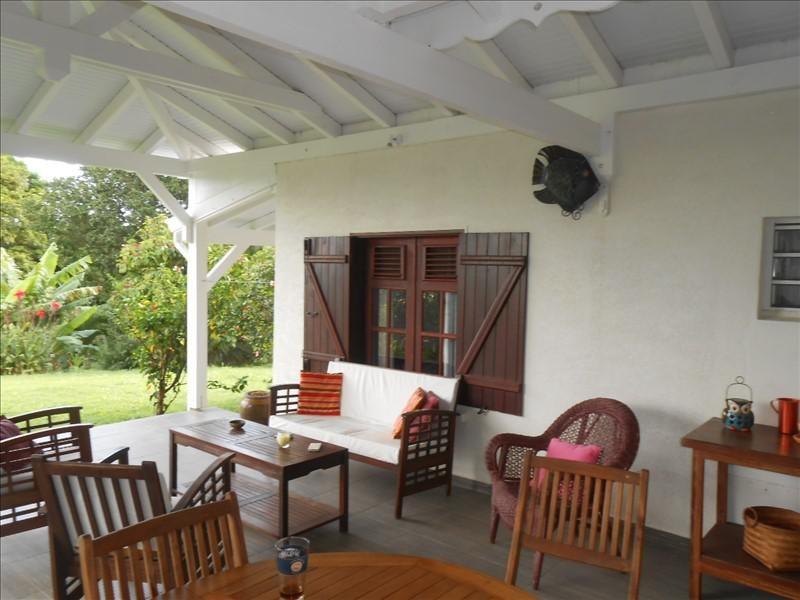 Sale house / villa St claude 365000€ - Picture 4