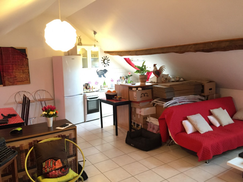 Rental apartment Pierrelaye 702€ CC - Picture 2