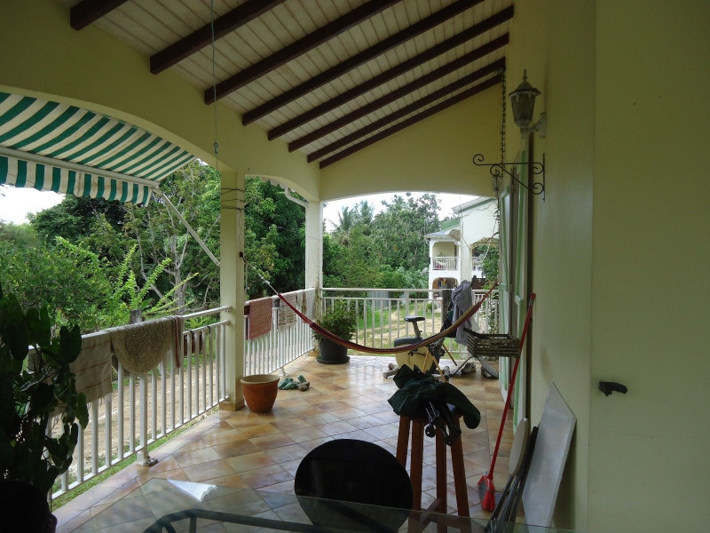 Sale house / villa Baie mahault 245 000€ - Picture 4