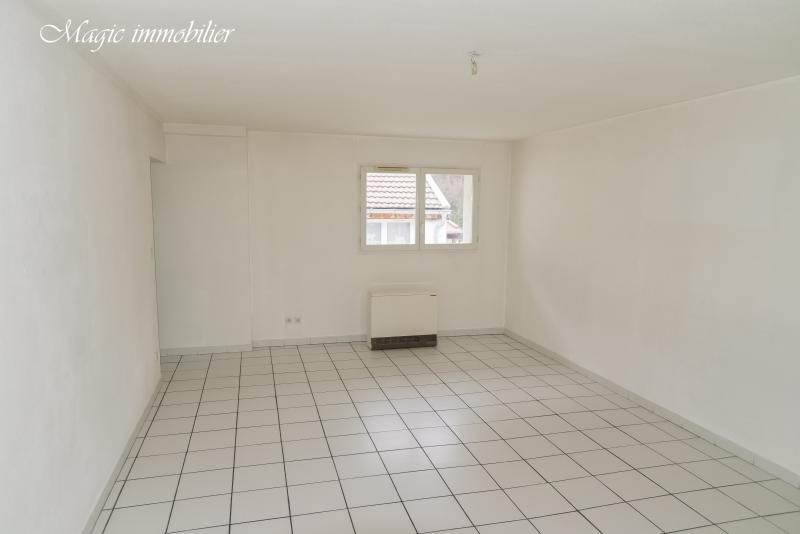 Location appartement Nantua 440€ CC - Photo 3