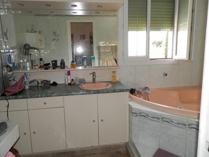 Sale house / villa La garde 450000€ - Picture 11