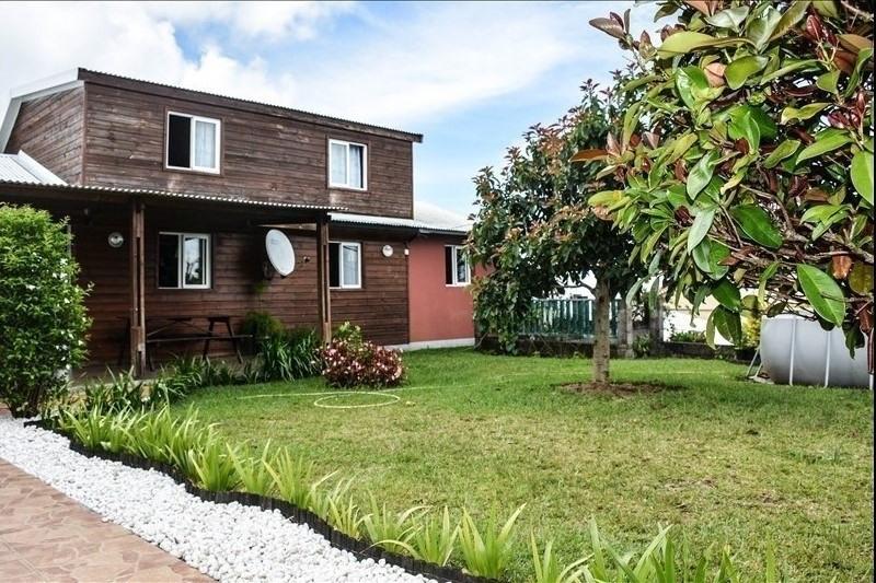 Sale house / villa Petite ile 250000€ - Picture 1