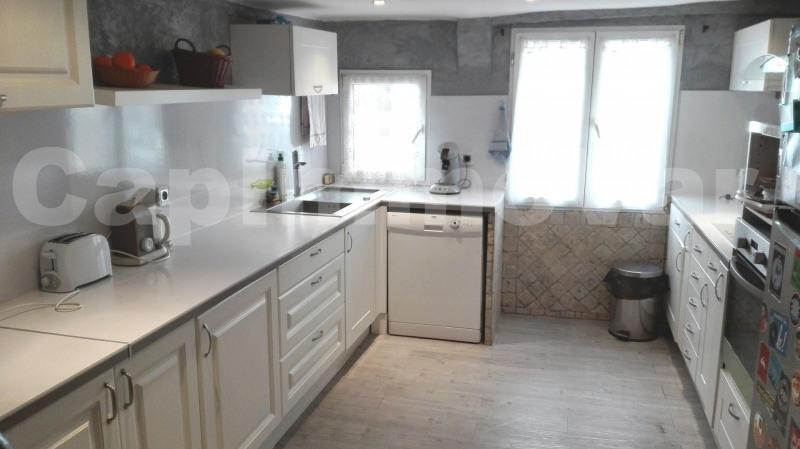 Sale house / villa Le beausset 286000€ - Picture 2
