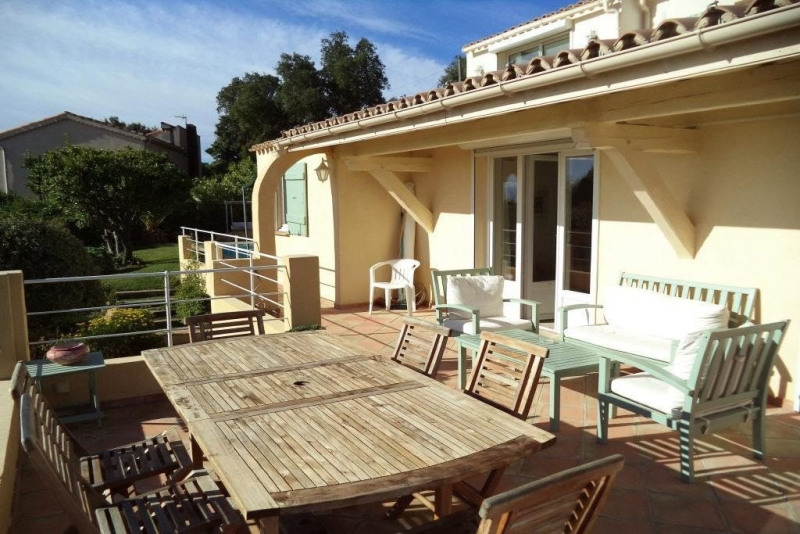 Sale house / villa Les issambres 889 000€ - Picture 1