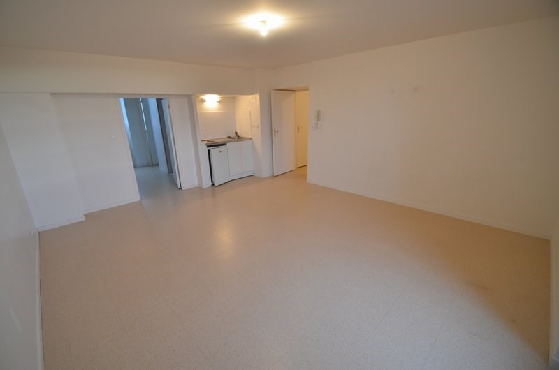 Rental apartment Isigny sur mer 414€ CC - Picture 1