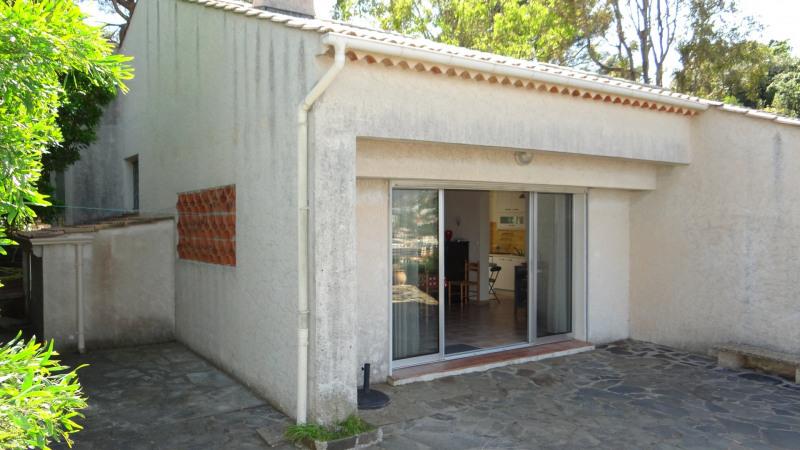 Vacation rental house / villa Cavalaire sur mer 1800€ - Picture 4