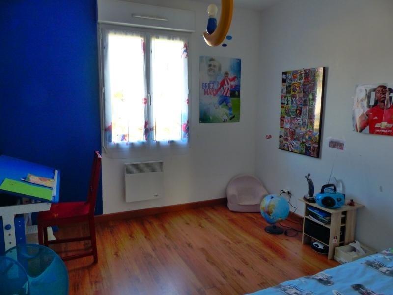 Vente maison / villa Iteuil 210000€ - Photo 8