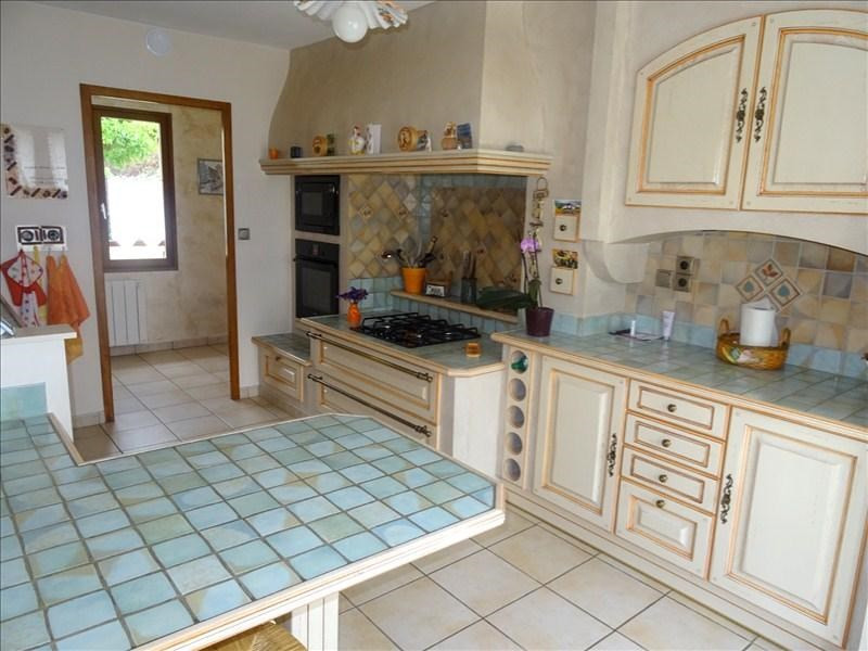 Sale house / villa Saint jean de bournay 258 000€ - Picture 3