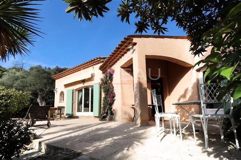 Vente de prestige maison / villa Antibes 949000€ - Photo 1