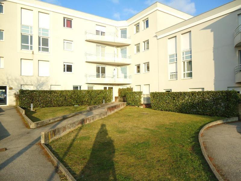 Location appartement Dijon 948€ CC - Photo 1