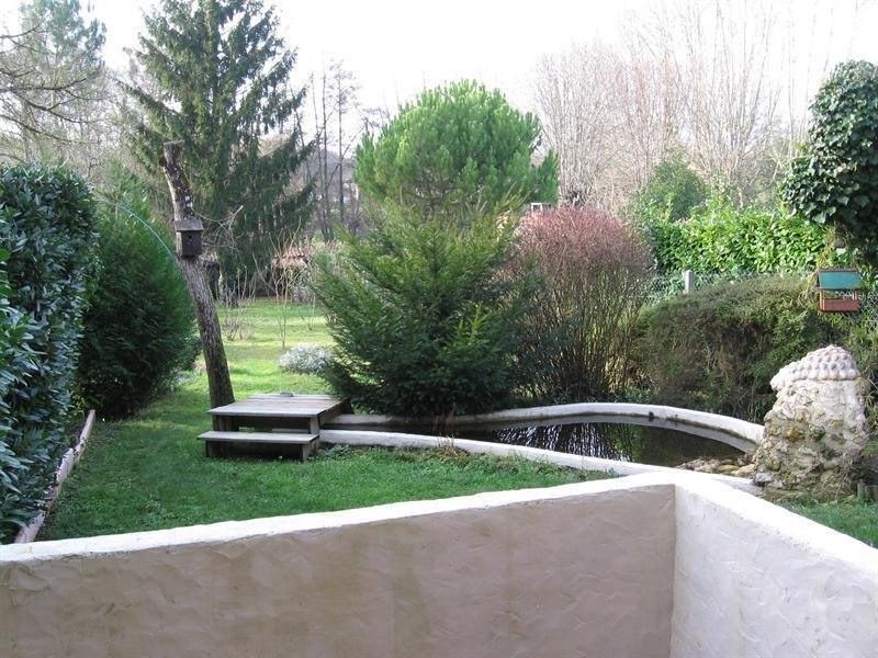 Sale house / villa Montguyon 144000€ - Picture 9