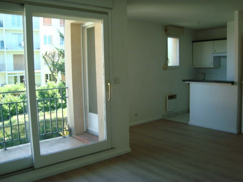 Location maison / villa Marly le roi 950€ CC - Photo 9